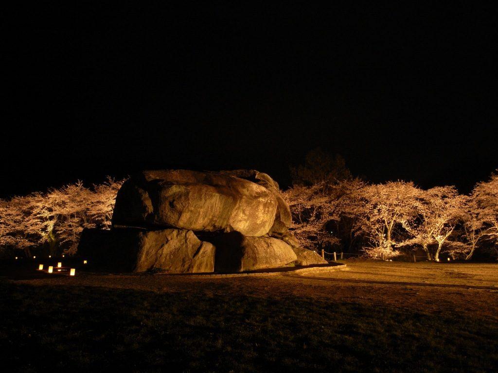 石舞台古墳のライトアップ