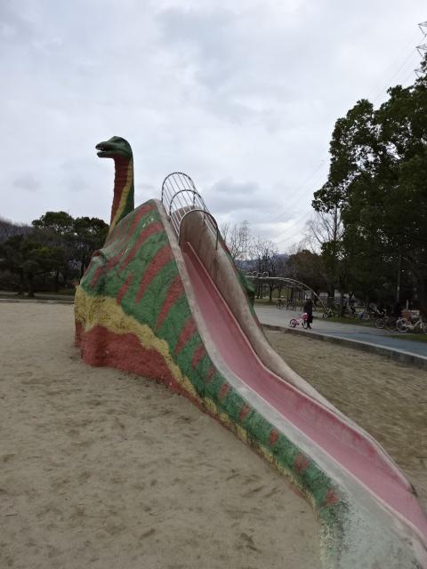 恐竜スライダー後