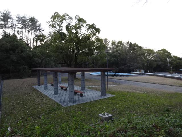 大渕池公園西地区の休憩所
