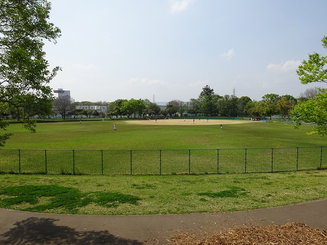 まほろば健康パークの野球場
