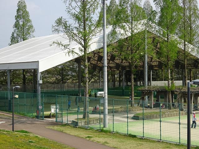 屋内テニスコート