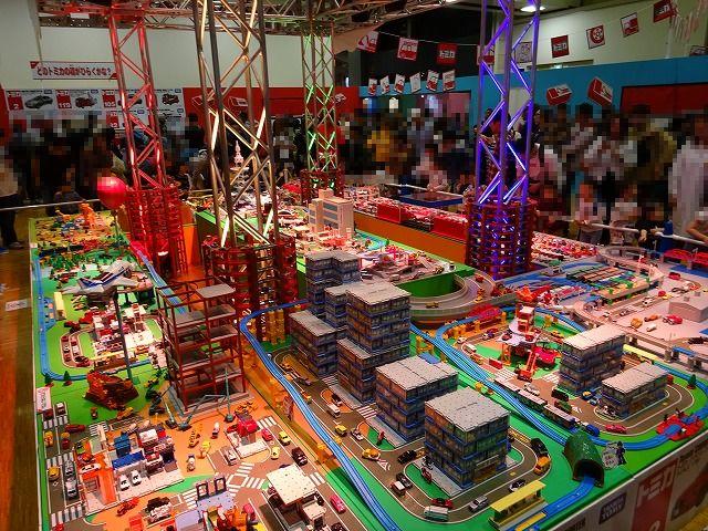 トミカ博展示ゾーン巨大ジオラマ