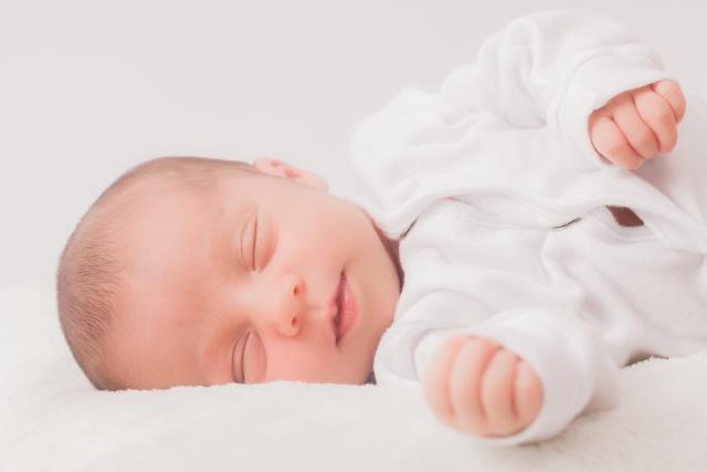 新生児の肌着の写真