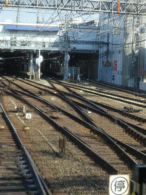 大和西大寺駅の平面交差