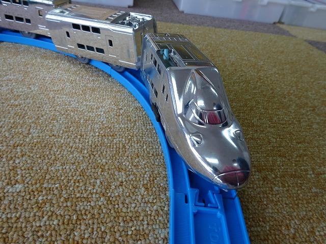 トイトイパーク福島店プラレール銀メッキのE4系新幹線マックス