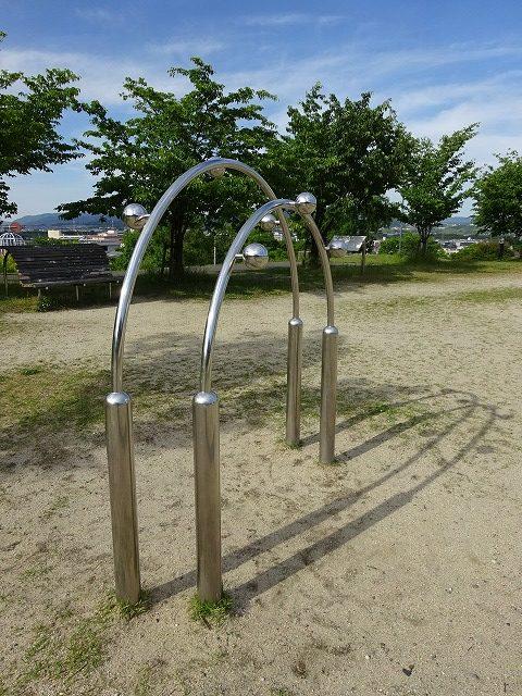 田辺公園健康広場上体側屈伸器具