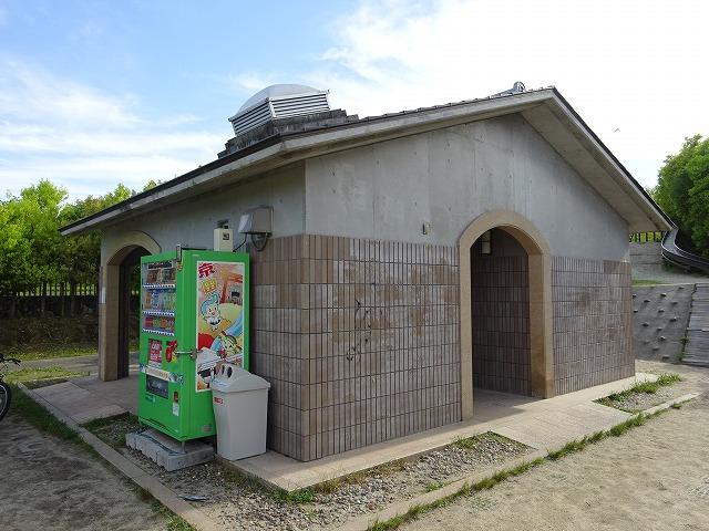 田辺公園こども広場のトイレ