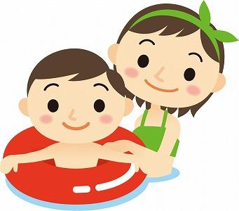 プールで遊ぶ子どもとママ