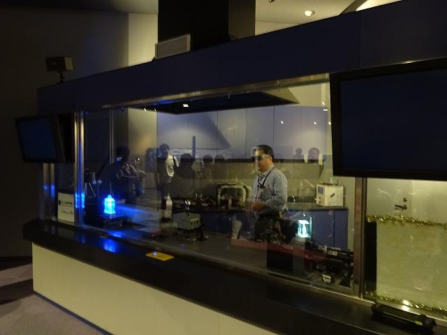 きっず光科学館ふぉとん レーザーラボの様子