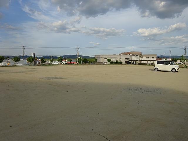 八幡市民スポーツ公園の駐車場