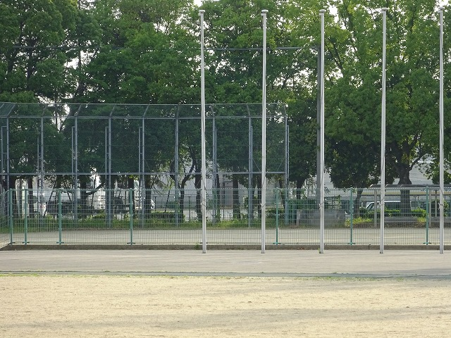 八幡市民スポーツ公園のグラウンドの多目的グラウンド