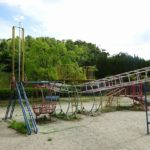 田辺公園の遊具ヒコーキランドの全体