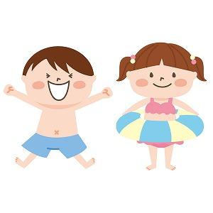 プールで楽しむ男の子と女の子