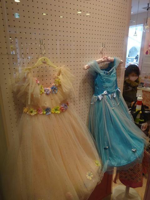 ドキンちゃんのドキドキオシャレショップのドレス